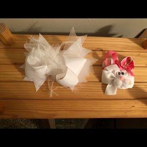 White hair bow and rabbit hair bow
